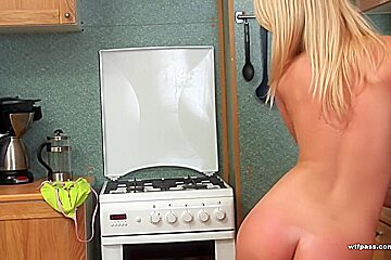 Real lesbian orgasm from huge sex toys fucking
