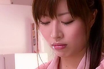 Young Wife Who Was Violated Morikawa True Feather In Front Of Husband