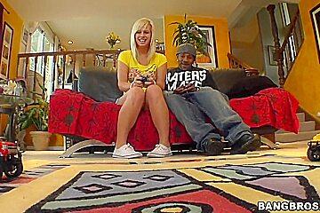 Topnotch girlfriend Tara Lynn Foxx gives a hot ride to her horny boyfriend № 43612 загрузить