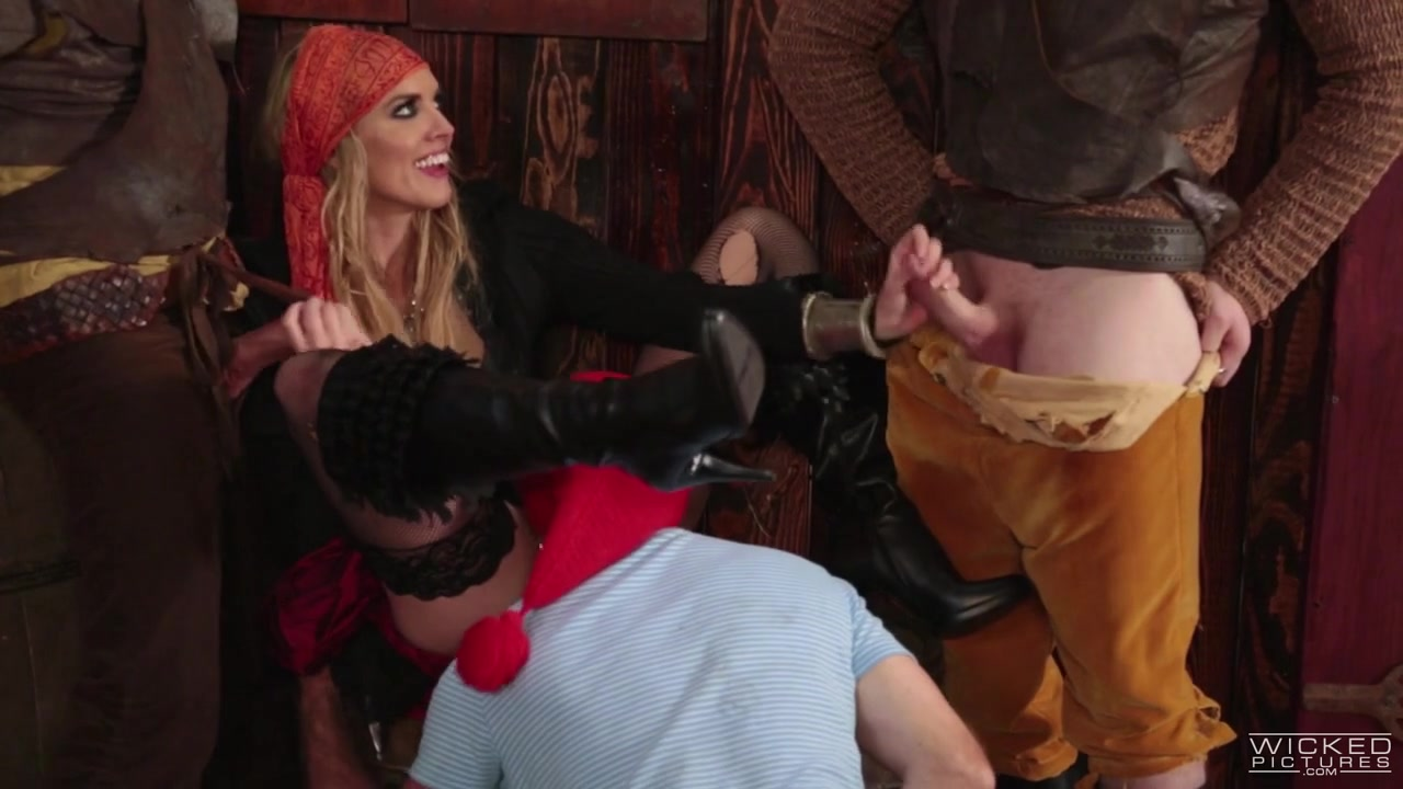 Keira Nicole In Peter Pan Xxx An Axel Brown Parody, Scene 5 - Evil