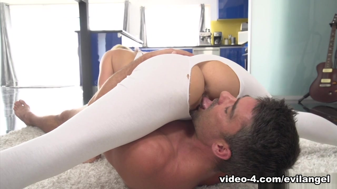 Alexis Fawx And Toni Ribas And Toni Ribas In Busty Fuck Alexis Athletic - Evilangel