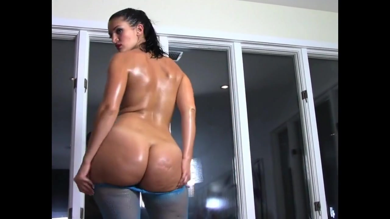 French Bbw Rosee Divine Bangs Her Oiled Booty.