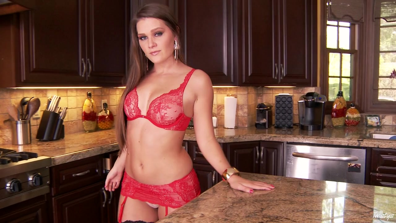 Abby Cross In Crosses Kitchen .. - Twistysnetwork