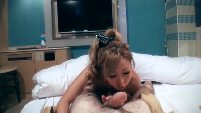 Japanese Blonde Wife Gives Tight Blowjob For This Guy!