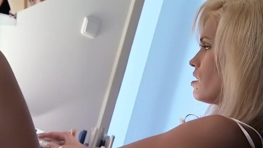 Fabulous Pornstar Suzie Carina In Amazing Cunnilingus, Blowjob Porn Clip