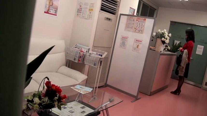 Japanese Slut With Gynecologist