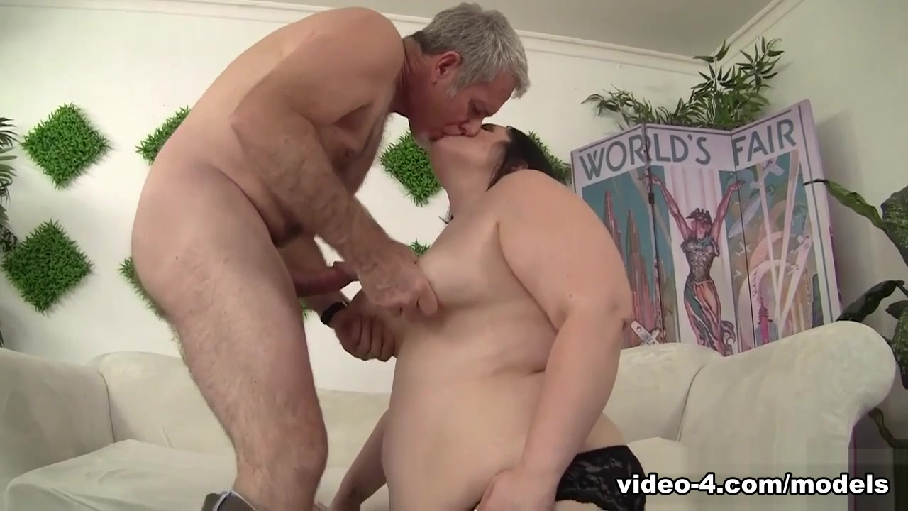 Alexxxis Delight In Sweet Plumper Alexxxis Stimulus Gets Fucked Hard - Jeffsmodells