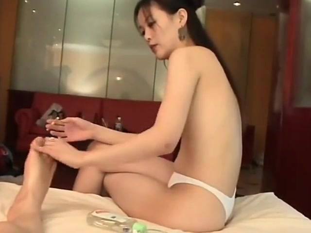 Amateur Korean Cuple Fucking In The Hotel