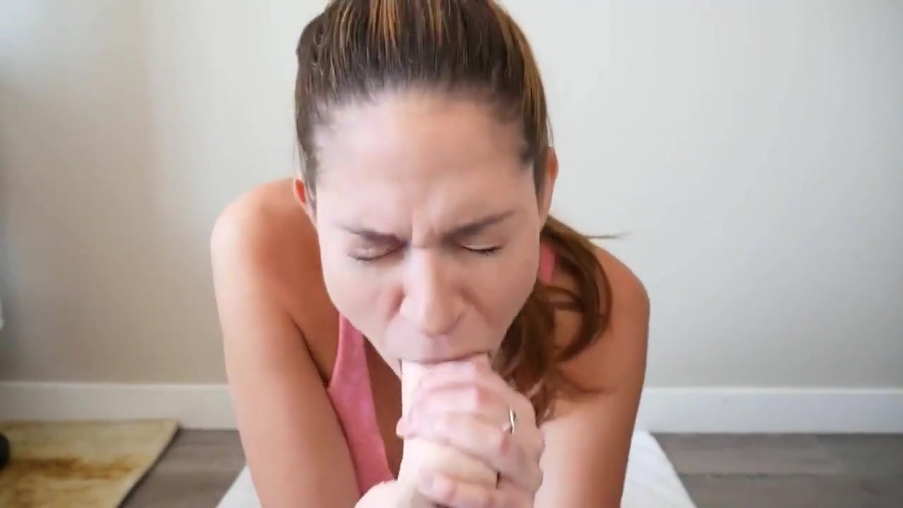 Webcam Girl Deepthroat Herself With A Dildo