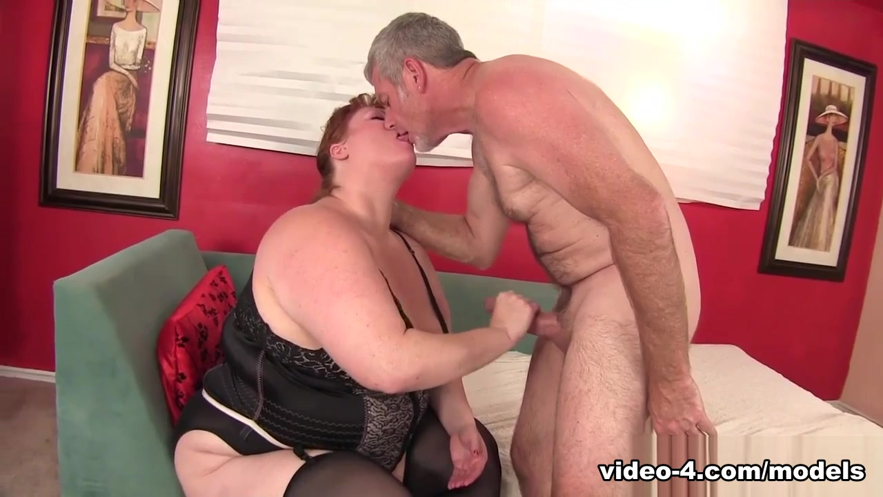 Julie Ann More In Horny Redhead Bbw Julie Ann More Enjoys A Stiff Cock. - Jeffsfel