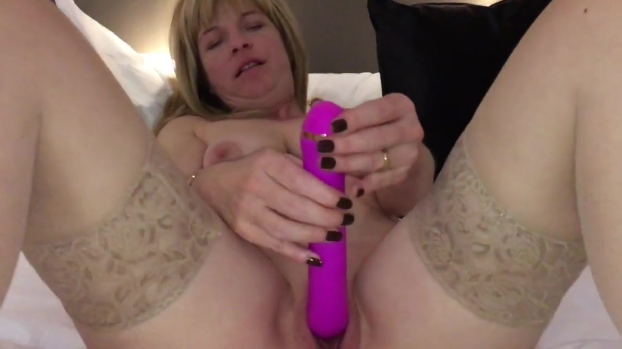 Milf Fucks Her Pussy With Dripping Sperm