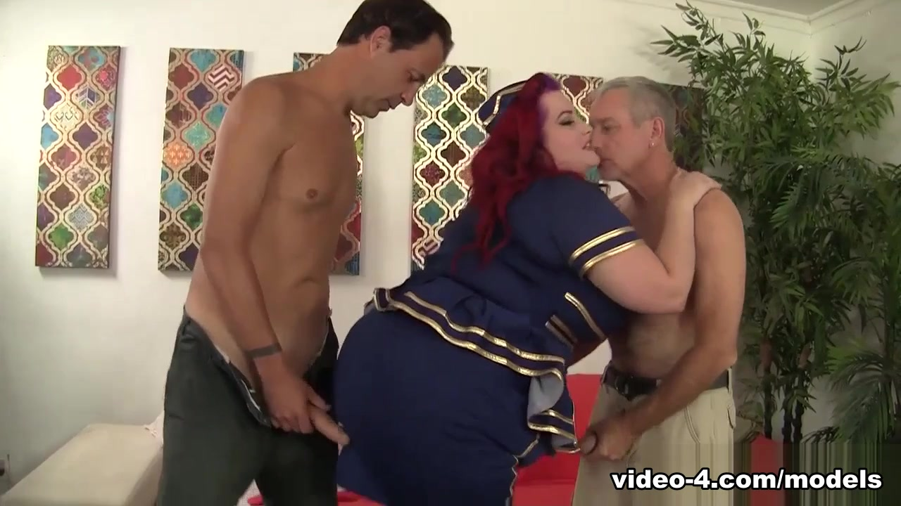 Eliza Delight In Sexy Redhead Plumper Eliza Temptation Is Double Penetrated - Jeffsmodels