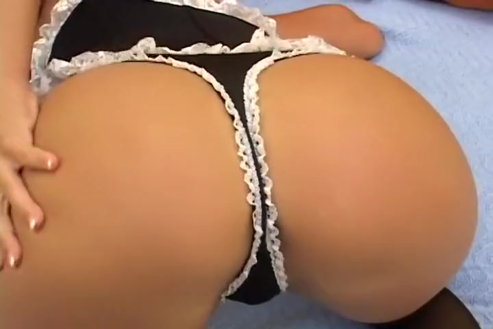 Hot Squirter Chick Gets It With Guy
