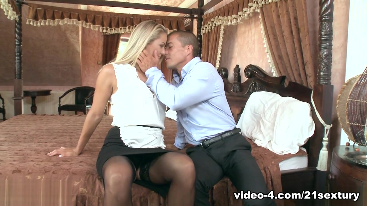 Christians Courtney & Matt Bird In Victorian Sex, Scene # 01 - 21Sextury