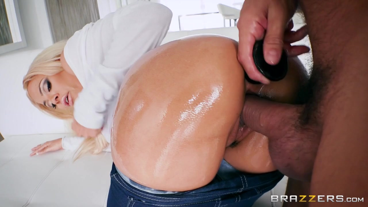 Luna Star & Ramon In Anal On My Jeans - Brazzers