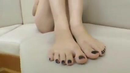 Barefoot Feet Worship