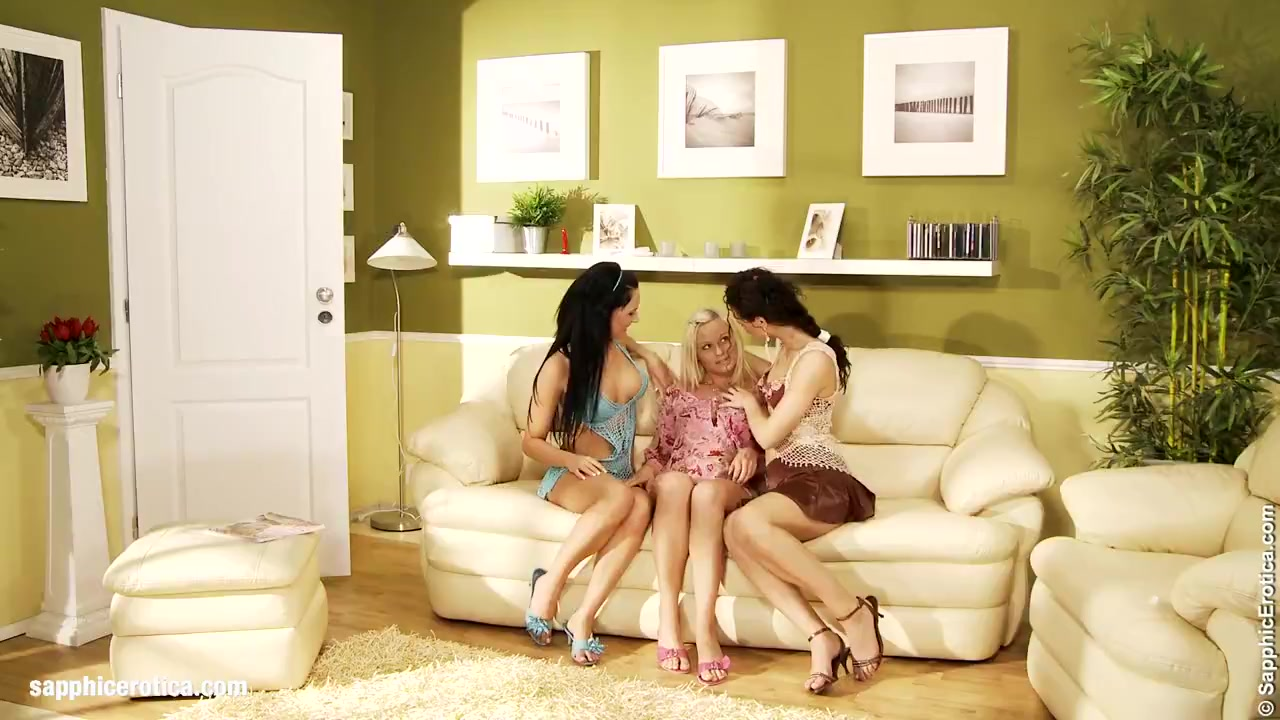 Torrid Threesome Of Sapphic Erotica Lesbian Love Porn With Andy Katy