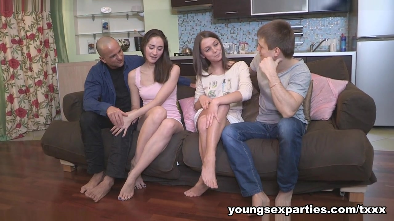 Yan & Foxy Di & Aruna Aghora & Simon In Girls Surprise With A Sexparty - Youngsexparties