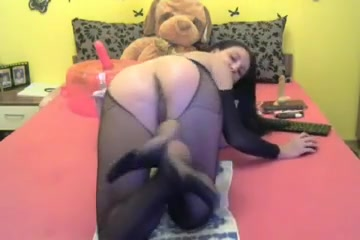 Pussy In Life Gaping With Fist