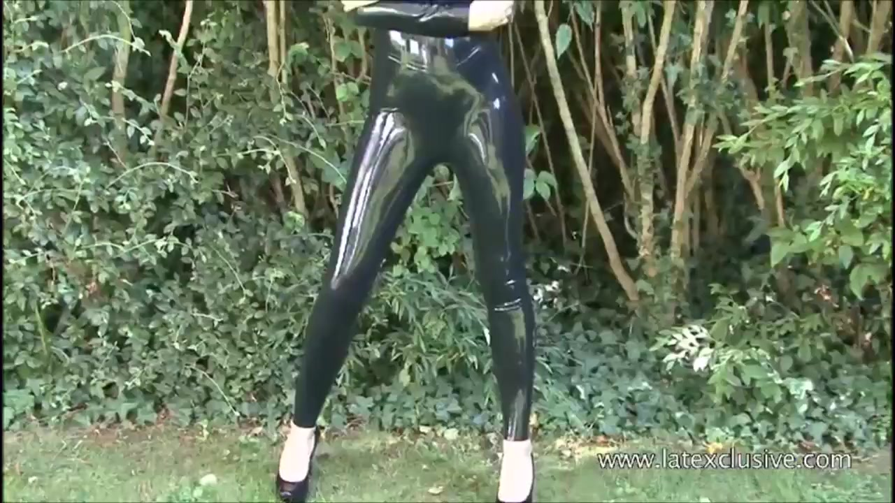 Outdoor Latex Babe Olivia's High Heels And Shiny Rubber Fetish Wearing By Posing Solo Softcore Brunette Teen Beauty