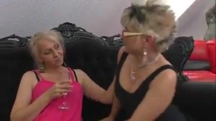 Beautiful Lesbian Threesome