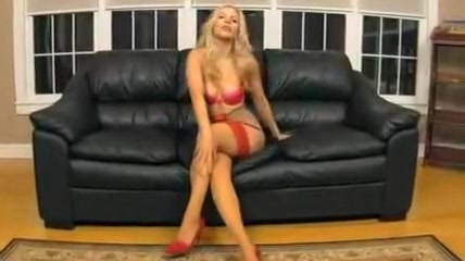Hot Female Pussy Plays With Dick