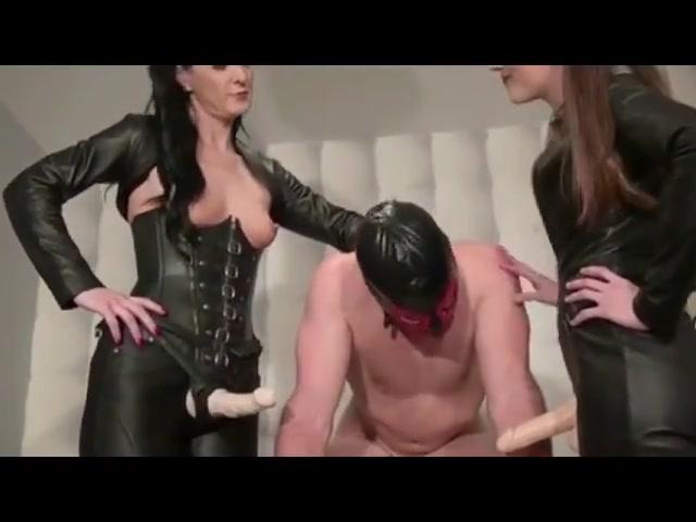 Domina Anal Slave Spitroasted