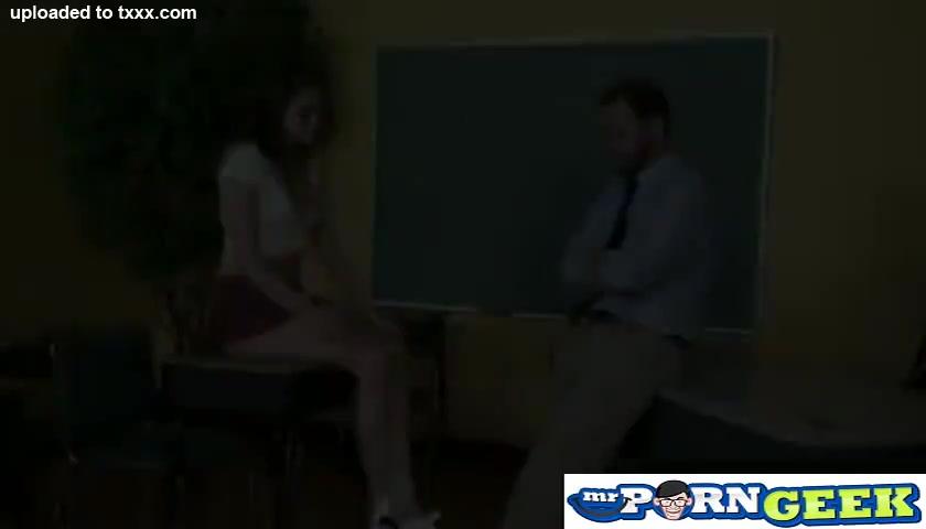 Schoolgirl Tori Black Get Extra Credit