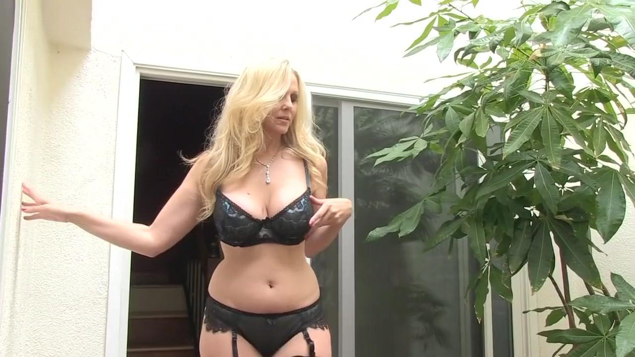 Amazing Pornstar Julia Ann In Fabulous Big Tits, Cunnilingus Xxx Scene