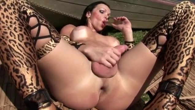 Horny Amateur Shemale Video With Outdoor Scenes, Hd