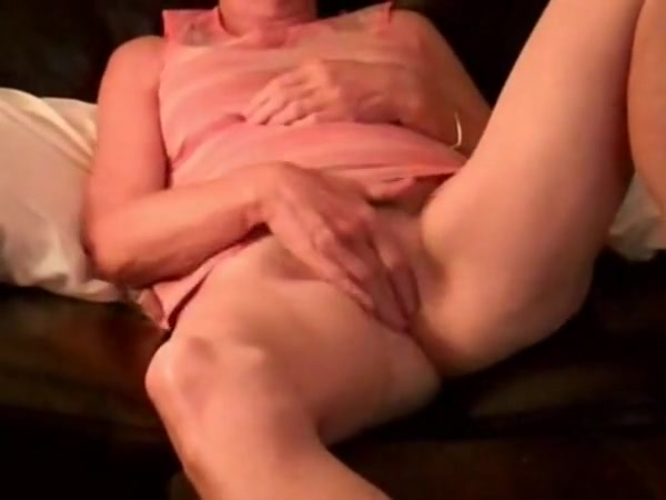 Anita Fingers Her Wet Juicy Pussy Deep For Xhamster