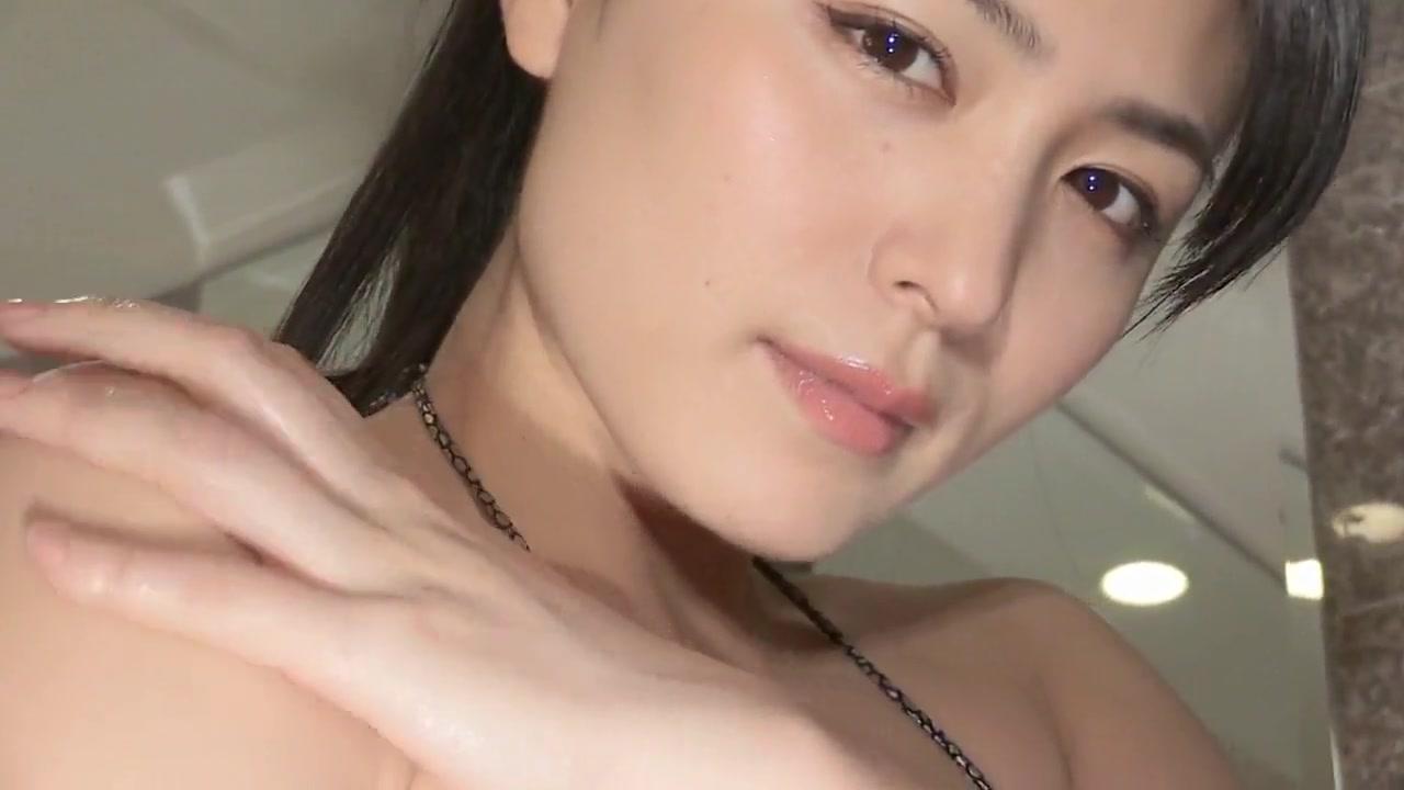 Yukie Dancing - Oiled Sequined Bikini Non-Nude