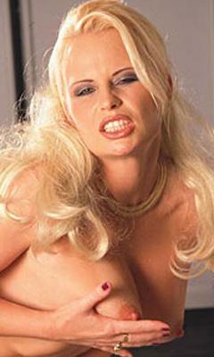 Mariska hargitay fake nude pics