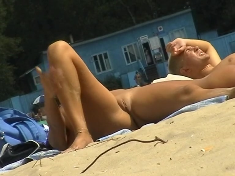 Girls sunbathing nude hot