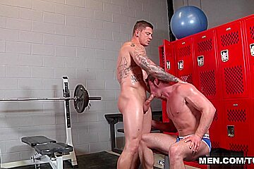 Connor Maguire & Sebastian Young in Bubble Butts Part 1 - DrillMyHole