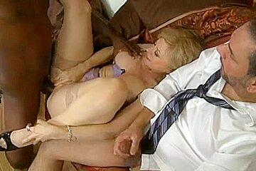Nina Hartley let hubbie see