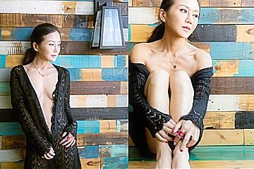 A beautiful dancer and bdsm model from beijing 2