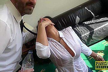 Brunette Candi Kayne gets throat fucked