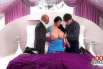 Brunette pornstar threesome with cumshot