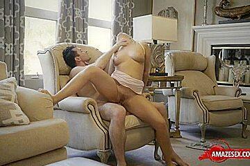 Hot pornstar sex with creampie