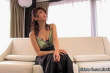 Runa Sezaki Gets Cum In Mouth After Handjob - Avidolz
