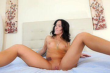 Slim babe Megan gets her pussy and ass eaten