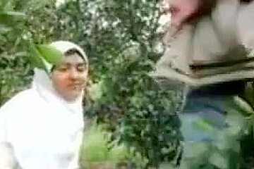 Muslim Girl Sex in Forest