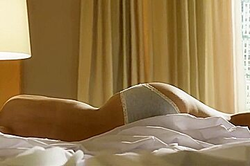 Paulina Gaitan, other babes- ''Diablo Guardian'' s1e02-05