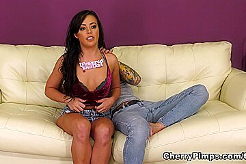 Small Hands Whitney Wright in Welcome Sexy Whitney Wright - WildOnCam
