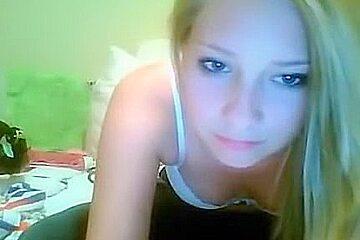Webcam blonde fingering