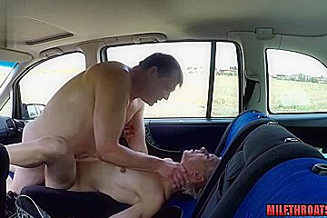 Hot milf oral sex and cumshot