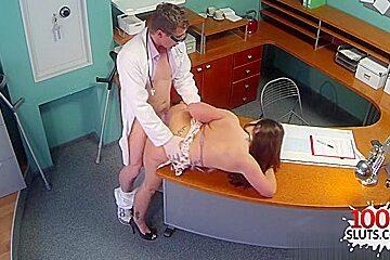 Hot fake doctor hardcore with cumshot