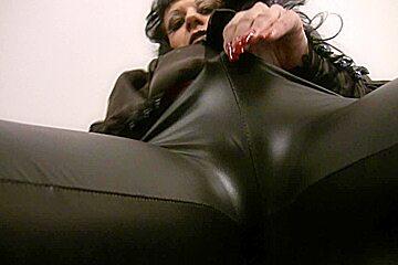 Trinity-Productions: Leggings