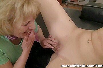 Teens Vs Mamas, Scene #01